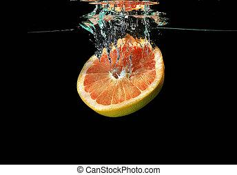 grapefrukt, stjärnfall, in i, vatten