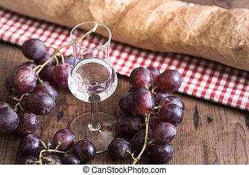 grappa, con, uva, y, bread