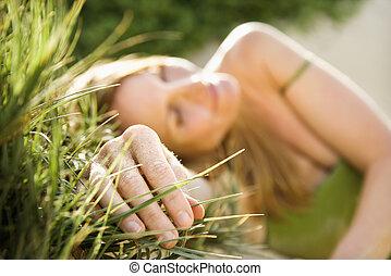 grass., γυναίκα