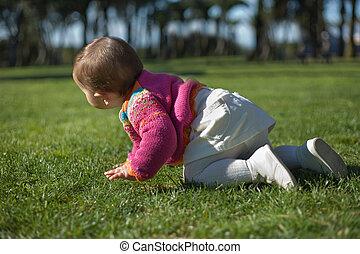 Grass waliking