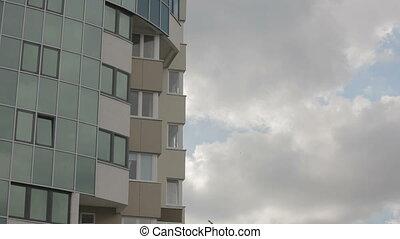 gratte-ciel, jour nuageux