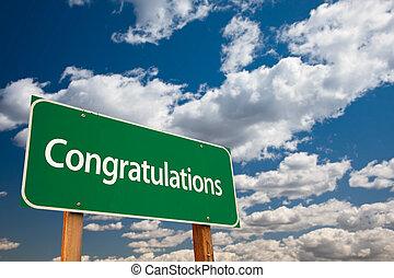 gratulationer, grön, vägmärke, med, sky