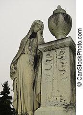 Grave Madonna