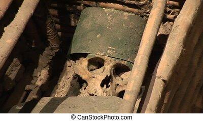 Grave, Senor de Sipan, Peru