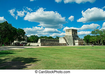 Great Ball Court and Temple of the Jaguars, Chichen Itza, Yucatan, Mexico