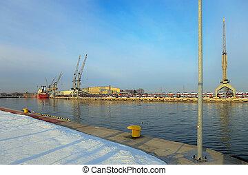 Great floating crane in winter