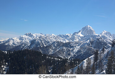 great panormaric view of moutains with snow in winter from...