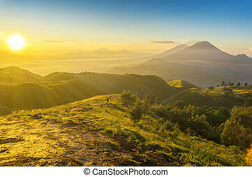 great sunrise at prau mount