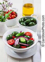 grec, olives, salade verte