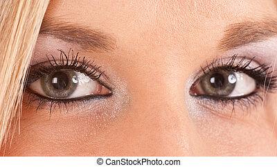 Green-blue eyes