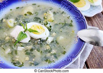 Green borsch with eggs