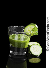 Green drink. - Delicious luxurious green drink with slices ...