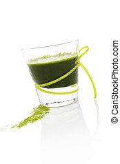 Green drink. - Healthy living. Spirulina; chlorella and ...