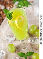 Green drink with grapes