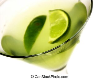green drink with limes, shallow dof