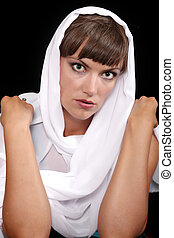 Green-eyed lady with white veil
