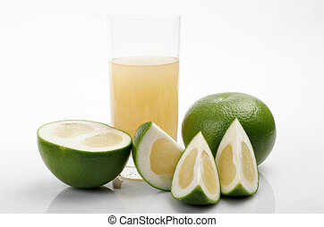 Green grapefruit & juice