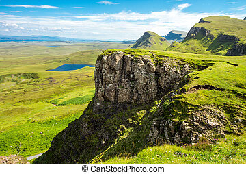 Green landscape on the Isle of Skye