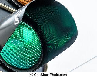 green light at traffic lights