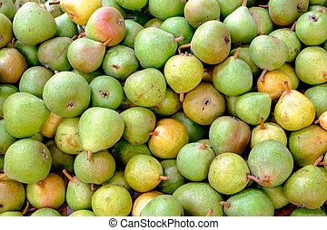 Green pears for sale