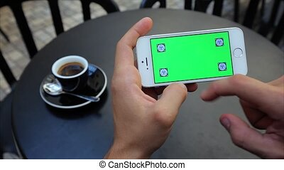 Green Screen to view, enlarging photos horizontally on the phone in white, Iphone, tags