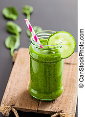 Green smoothie - Glass of fresh and healthy green smoothie