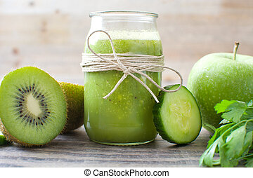 Green smoothie with cucumber, kiwi and apples