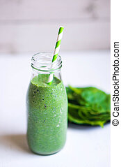 Green Smoothie With Spinach