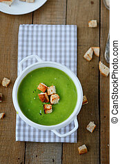 green soup cream soup with croutons