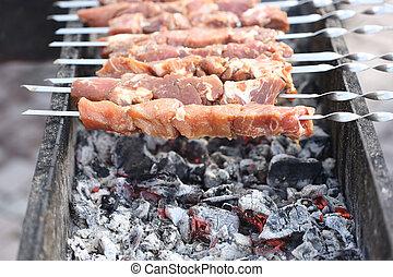 grelhando, marinated, shashlik, ligado, um, grill., shish kebab, popular, em, oriental, europa central, e, outro, places.
