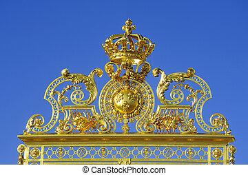 Grids input castle of Versailles