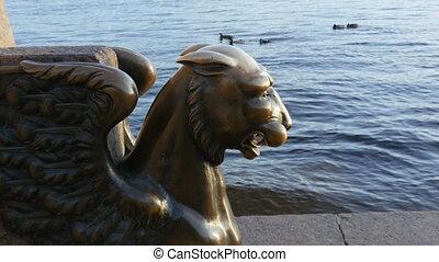griffon, lion ailes