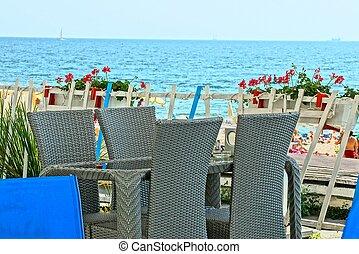 grijs, omheining, restaurant, stoelen, hemel, tegen, terras, zee, tafel, bloemen, open, rood, flowerpots