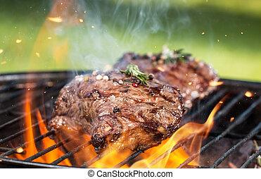 gril, boeuf, biftecks
