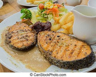 grillé, plaque, blanc, saumon, biftecks