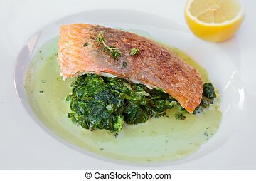 Grilled atlantic salmon fillet - Grilled salmon with...
