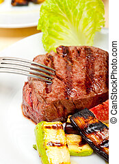 grilled beef filet mignon - grilled fresh beef filet mignon ...