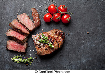 Grilled beef steak - Grilled sliced beef steak and tomatoes ...