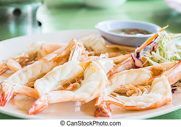 Grilled prawn with sauce