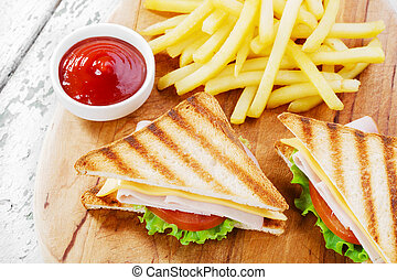 Grilled sandwich with ham cheese