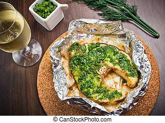 Grilled swordfish fillet with pesto
