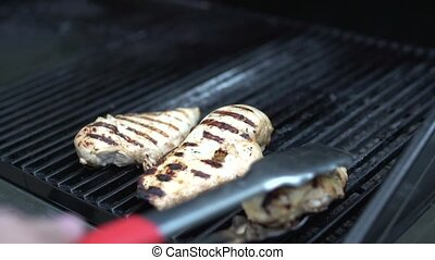 Grilling chicken (2 of 4)