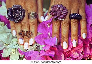 grit, amon, afrikaan, colorfull, helder, manicure, handen, ...