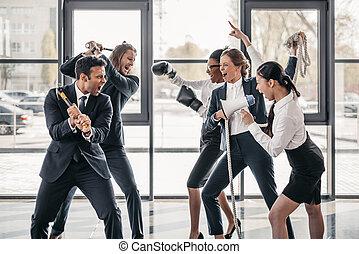 gritar, empresa / negocio, pelea, multicultural, joven, equipos, oficina