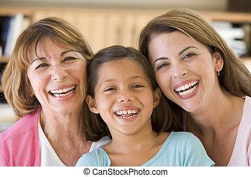 großmutter, mit, erwachsener, töchterchen, und, enkelin