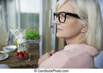 großmutter, modern, gartenterasse