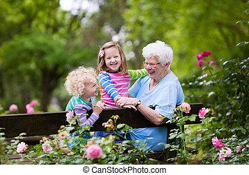 großmutter, rose, kinder, kleingarten, sitzen