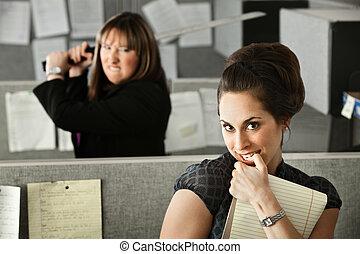 grożący, kobieta, coworker