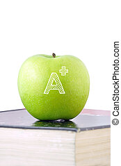 groene appel, met, een +, meldingsbord, op, een, schoolboek