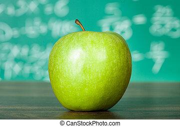 groene appel, op, de, schoolbank